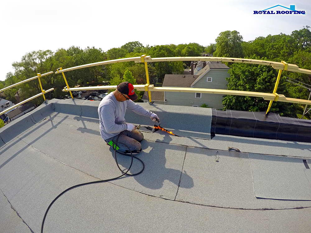 Commercial Flat Roof in Toronto