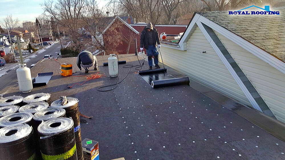 Asphalt Roll Roofing : Rolled roofing installation in gta