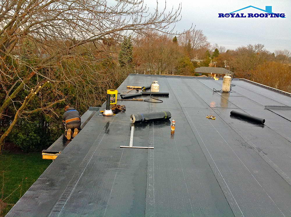 Flat Roof Replacement townhouses
