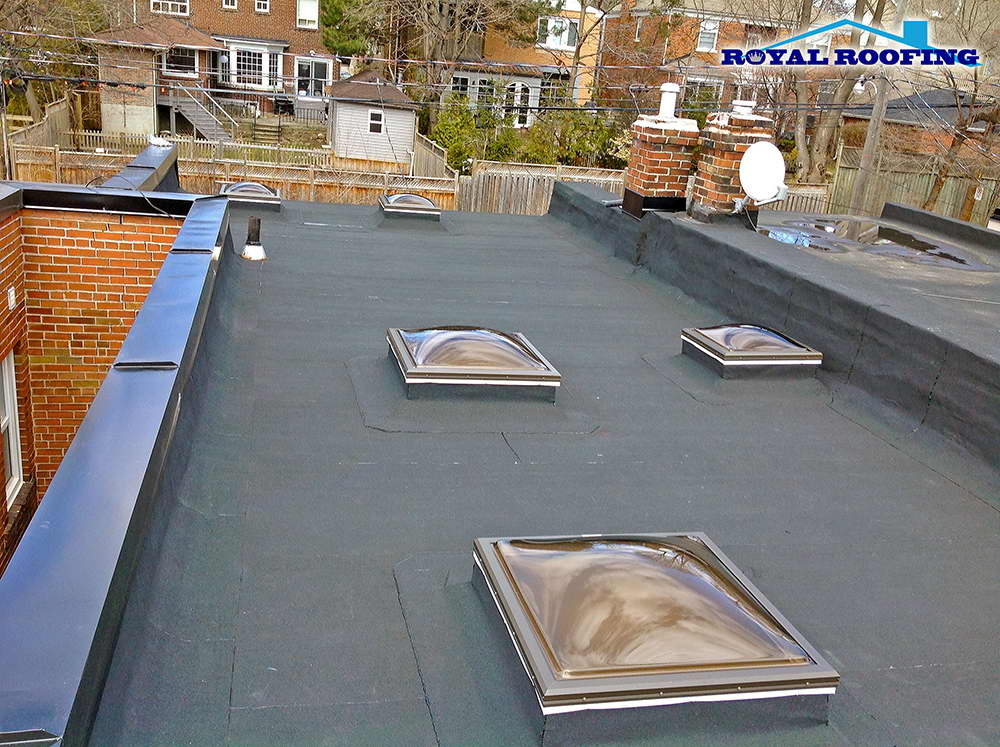 Flat Roofing in downtown Toronto