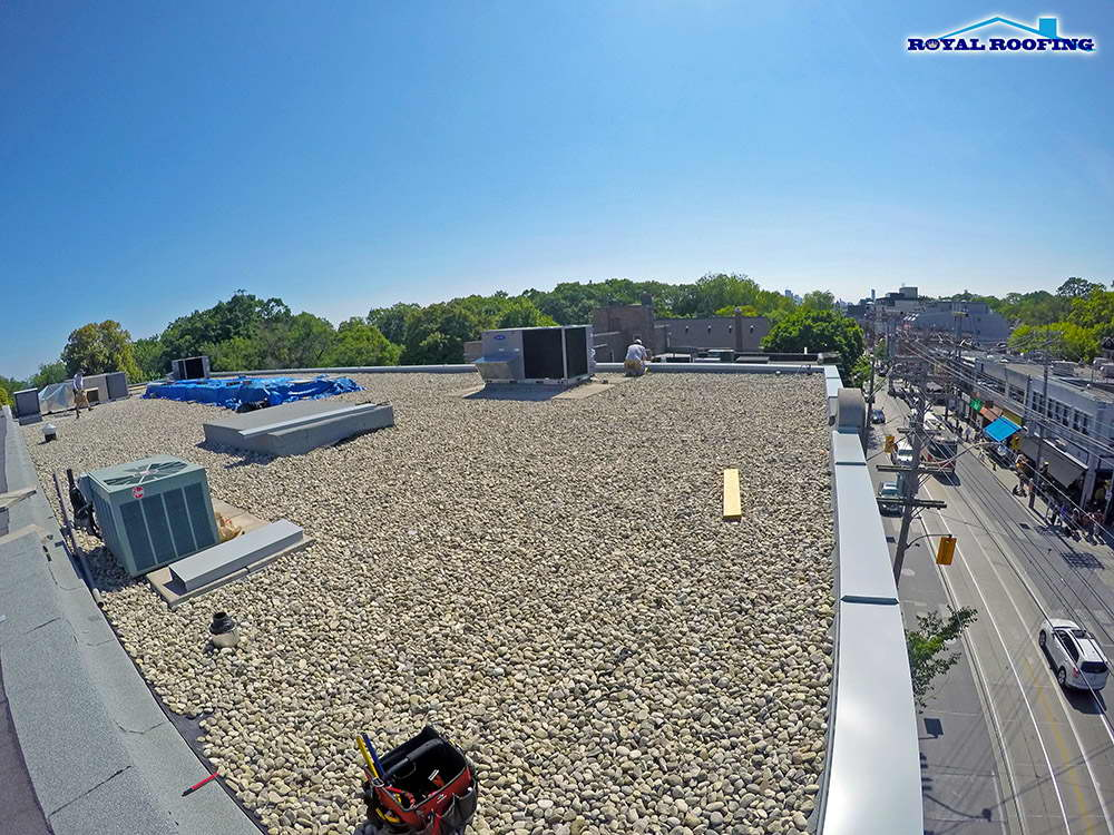 Commercial Flat Roof - Tar and Gravel Roof Repair Service