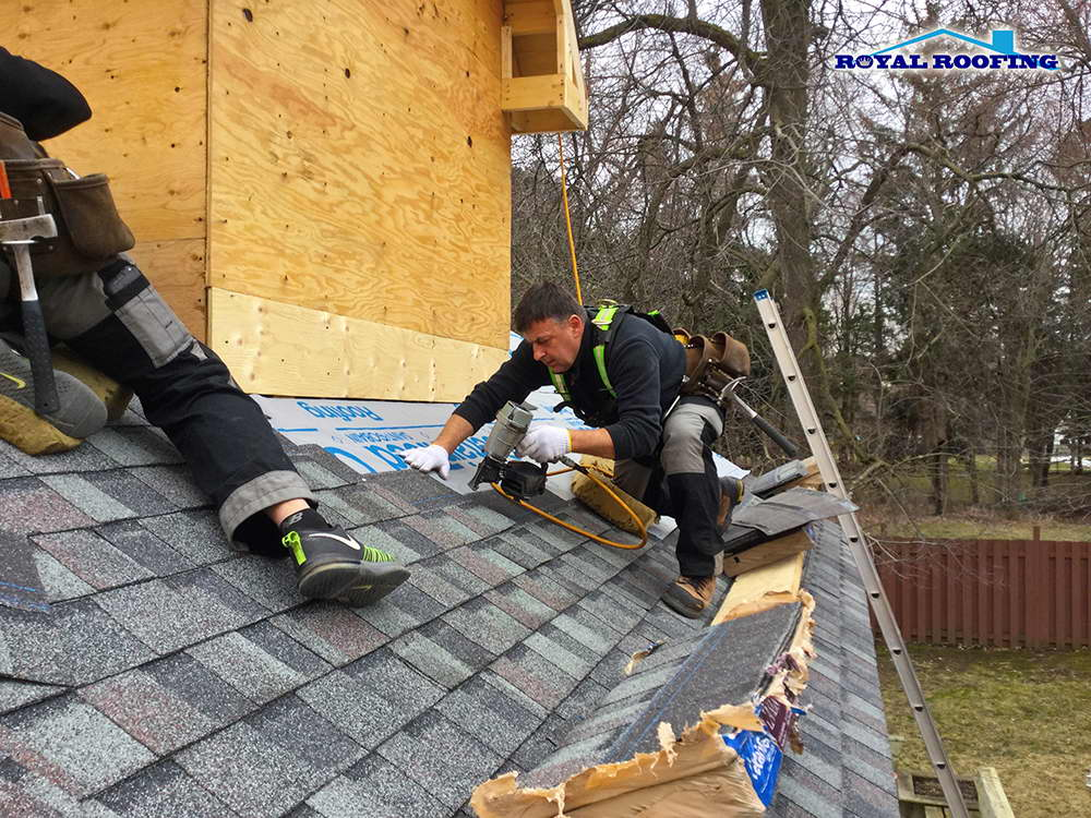 Emergency shingle roof repair in Toronto GTA