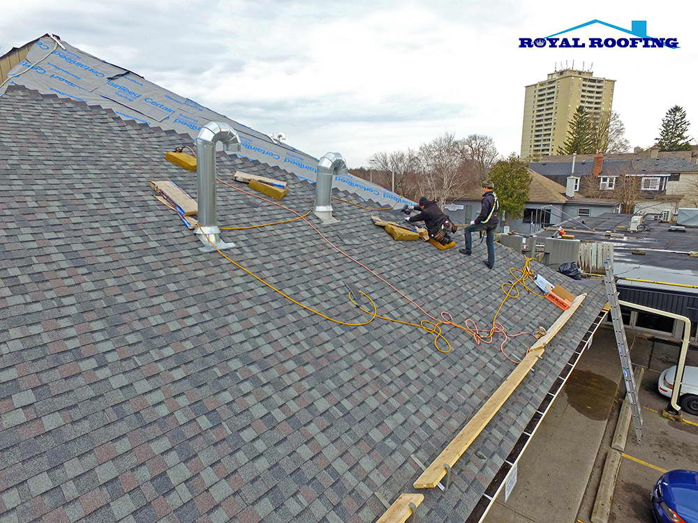 Landmark Shingles roof replacement from Starbucks coffe in Mississauga