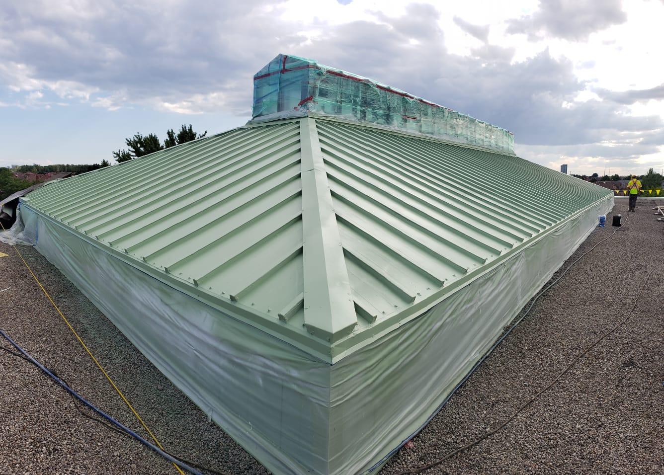 Roofers Serving River Oaks